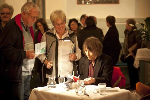Gabriele Wohmann Zu ihrem 87. Geburtstag Foto von Annika Schulz Rechte Georg Magirius
