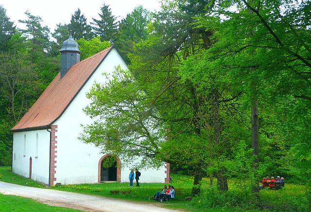 Rast an der Kreuzkapelle bei Frammersbach (c) www.georgmagirius.de