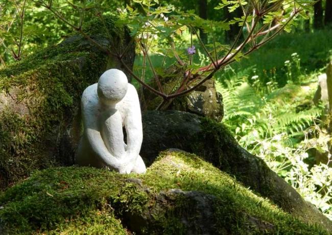 Mit dir im Herzen - Skulptur von Andrea Ohlsen