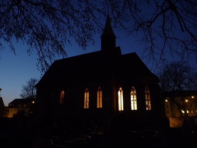Ev.-luth. Kirche St. Jobst in Nürnberg bei Nacht - Foto (c) von Georg Magirius