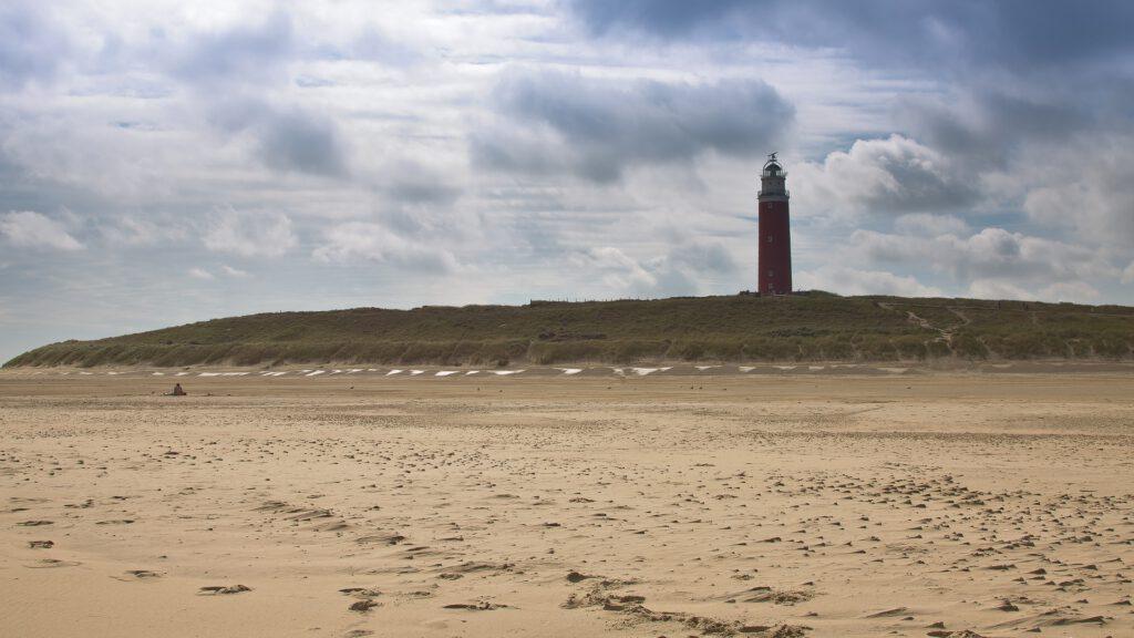 Ferieninsel Texel mit Leuchtturm. Einer der drei Reisetipps von Gabriele Wohmann.