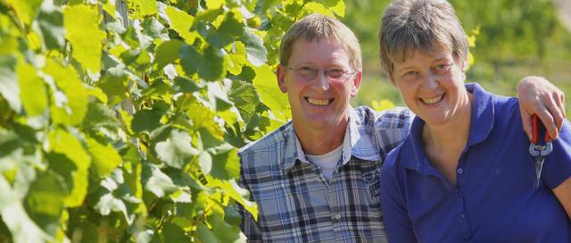 Die Winzer vom Weingut Klüpfel aus Thüngersheim sind Teil der Biblischen Weinprobe in Lohr. Sie ist der Beweis: Jesus trank Frankenwein.