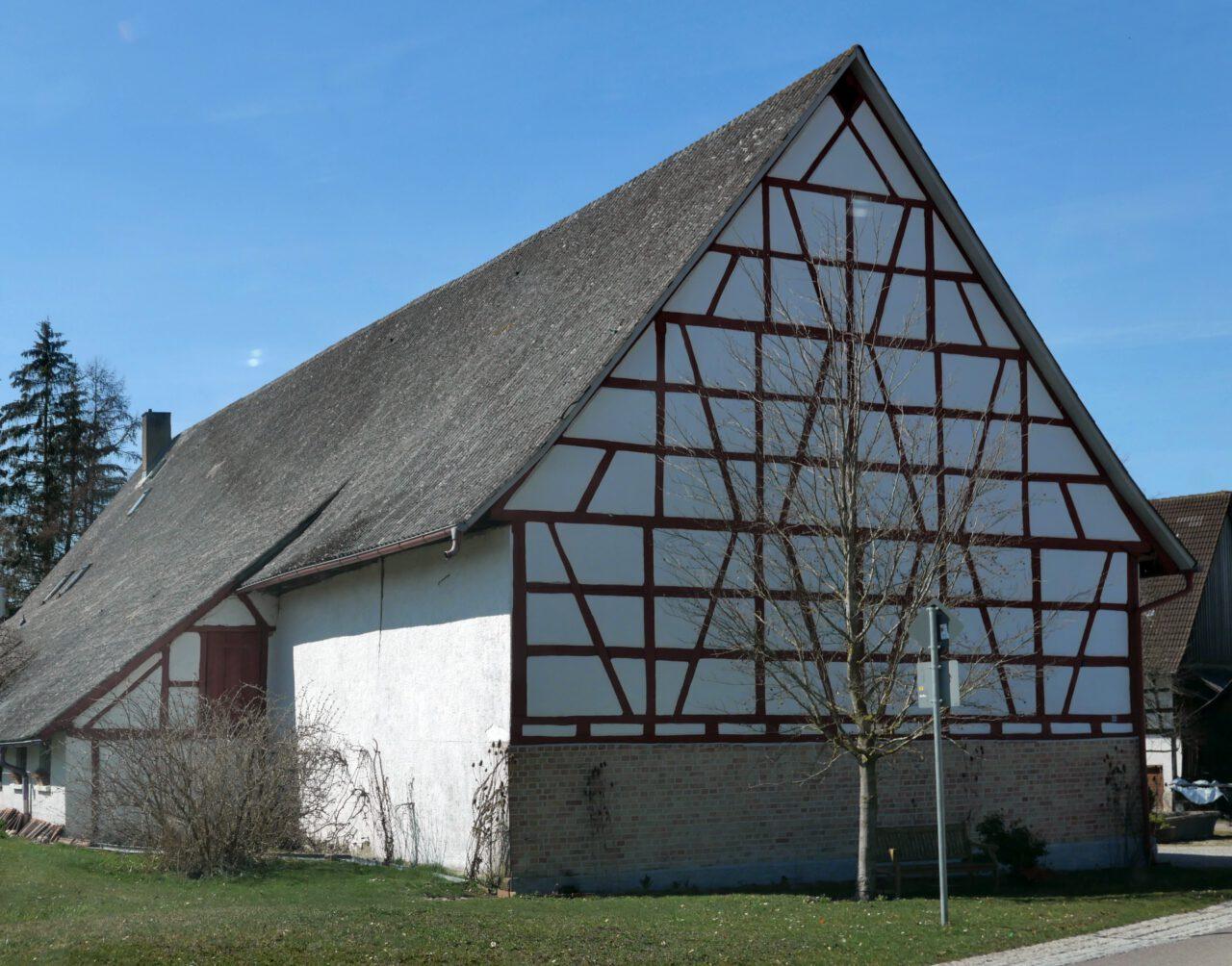 Hof in Rast - wichtiger Schauplatz im Werk des Dichters und Büchnerpreisträgers Arnold Stadler