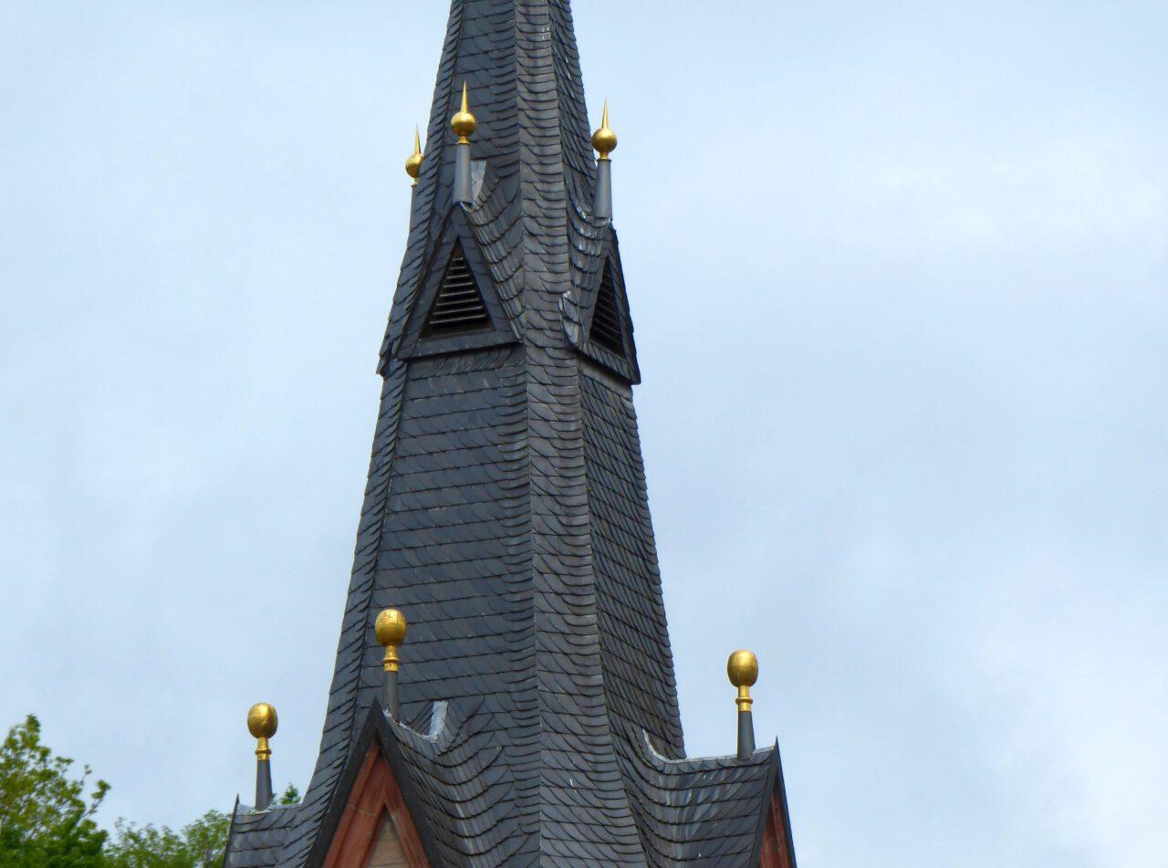 Pilgergold - Kirche in Heigenbrücken